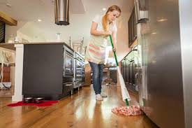 the best ways to clean kitchen flooring supersavvyme