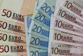 enorme unterschiede in deutschland bis niedriglöhne schlechte bezahlung wird normal berliner zeitung