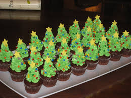 10 minutes here 10 minutes there mini christmas tree cupcakes