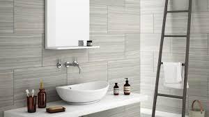 bathroom wall tile ideas for small bathrooms best 25 small bathroom tiles ideas on city style tile