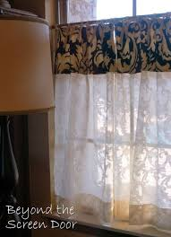 Damask Kitchen Curtains 27 Best Cafe Curtains Images On Pinterest Kitchen Windows