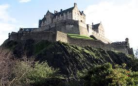 beautiful on high hill edinburgh castle wallpapers hd wallpapers