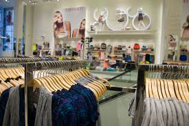 gap thanksgiving sale black friday shopping guide for teens 10 stores offering major