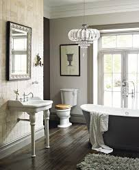 heritage victoria traditional bathroom suite 1