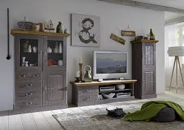 wohnzimmer landhausstil weiãÿ wohnzimmer einrichten grau ruaway uncategorized