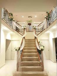 Ideas To Decorate Staircase Wall Staircase Decorating Ideas Tekino Co
