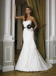 discount wedding dresses discounted wedding dresses wedding corners