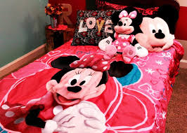 Mickey And Minnie Mouse Bedding A Sweet Minnie Mouse Bedroom For Your Daughter All Home Decorations