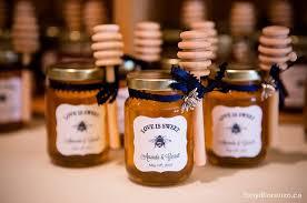 jar wedding favors diy honey jar wedding favors wedding wednesday at cloverhill