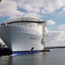 largest ship in the world meet the captain of the largest ship in the world royal caribbean
