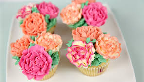cupcake flowers carnation flower buttercream cupcakes cake style