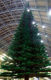 london u0027s other christmas tree 600 000 lego bricks of beauty
