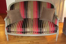 comment refaire un canapé en tissu changer le tissu d un fauteuil tous les messages sur changer le