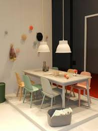 separation cuisine salon vitr馥 dining room light grey björk rug designed by lena bergström for