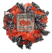 halloween wreath 2017 paper mesh halloween wreath tutorial trendy tree blog
