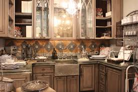 romancing the home pretty butler pantry details