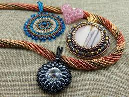 beaded pendant necklace designs images Beaded pendant necklace patterns beads etc JPG