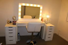 Makeup Table With Lighted Mirror Makeup Vanity Blueprint Vanity Makeup Table With Lights Set
