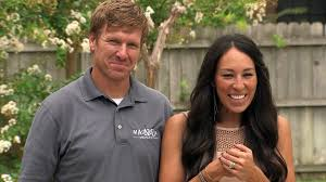 chip and joanna gaines facebook fixer upper web exclusive season two outtakes u0026 bloopers hgtv u0027s