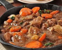 cuisiner des pieds de cochon recette daube de pied de porc