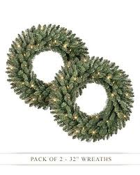 Decorating Artificial Christmas Wreaths by 90 Best Christmas Wreaths Images On Pinterest Holiday Essentials