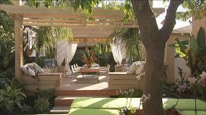 Outdoor Room Ideas Australia - debra prinzing post outer sanctum jamie durie creates the
