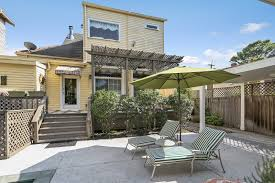 Patio House 800k Buys This West Riverside Center Hall With A Lovely Pool And
