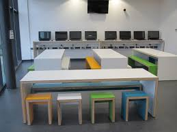 Floor Level Seating Furniture by Best 20 Classroom Furniture Ideas On Pinterest Kindergarten