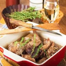 cuisiner un lievre au vin recette lièvre cuit au cognac