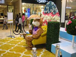 robert dyer bethesda row easter bunny arrives at westfield