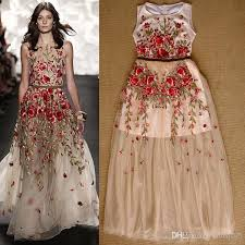 2017 handmade embroidered runway dress flowers tulle overlay floor