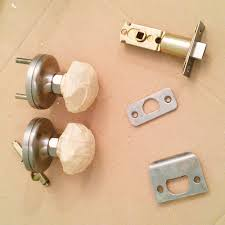 Door Knobs Cheap Spray Paint A Door Knob A Cheap U0026 Easy Update The Diy Mommy