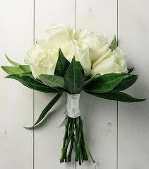simple wedding bouquets cost of simple wedding bouquet viva las vegas wedding chapels