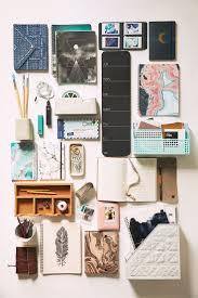 Girly Desk Accessories by Best 25 Desk Essentials Ideas On Pinterest Dorm Desk Decor