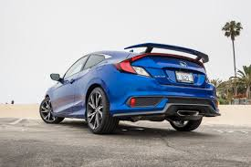 Honda Civic Si Two Door 2017 Honda Civic Si Coupe Vs Civic Si Sedan News Cars Com