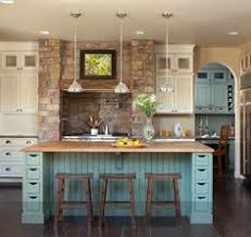 colorful kitchen islands un toque de color a una cocina blanca kitchens coastal cottage