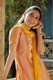 tamanna in badrinath wallpapers kallori movie tamanna nice cute stills