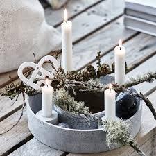sapin de noel artificiel plus vrai que nature décoration noël que faire avec des branches de sapin marie
