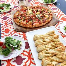 Round Table Pizza Merced Ca Round Table Pizza Home Facebook