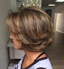 how to style chin length layered hair long layered piecy chunky chin length bob love it sassy cuts