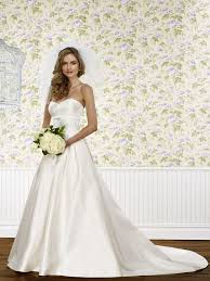 wedding dress shops in cleveland ohio 179 best something white gowns images on wedding