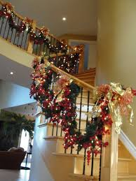 Christmas Railing Decorations 21 Suggestions For Christmas Staircase Decorations Pinkous