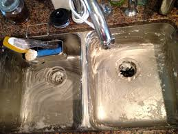 DIY Natural Sink Cleaner  Ingredients Overthrow Martha - Cleaning kitchen sink with baking soda