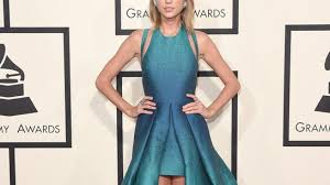 taylor swift and katy perry wow in lebanese gowns at grammy awards