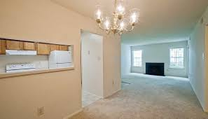 One Bedroom Apartments In Maryland Clary U0027s Crossing Apartments For Rent In Columbia Md