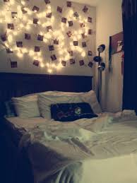 bedroom used string lights clothes pins and pictures