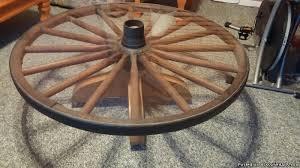Wagon Wheel Coffee Table by Wagon Wheel Coffee Table For Great En Iyi 17 Fikir Wagon Wheel