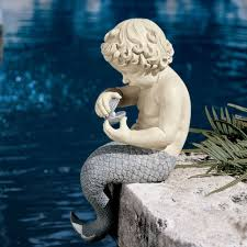 sitting mermaid garden statue with oyster and pearl