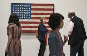 Jasper Johns Three Flags La Art Museum Unveils Wide Ranging Tribute To Jasper Johns
