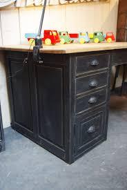 bureau bois noir la d co de g repeindre un bureau en bois newsindo co